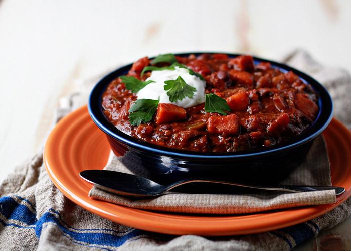 Vegetarian Black Bean Chili  Slow Cooker Quinoa Sweet Potato & Black Bean Ve arian