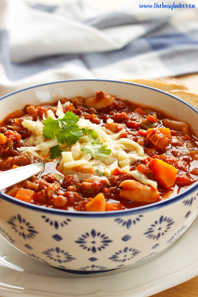 Vegetarian Chili Recipe Crock Pot  Crock Pot Ve arian Chili Slow Cooker The Busy Baker