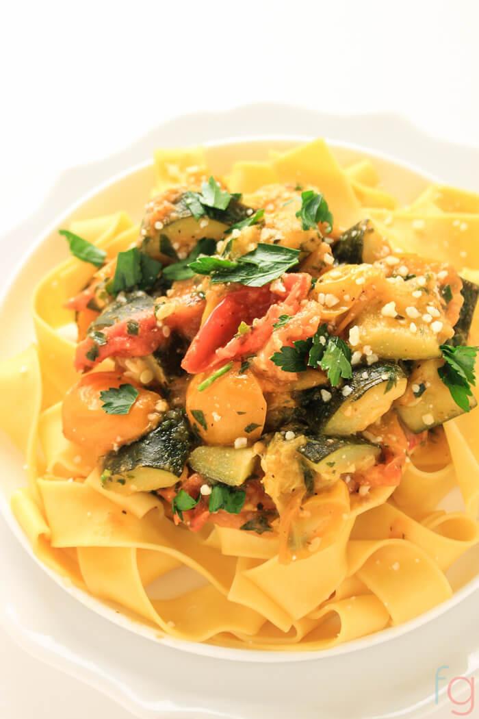 Vegetarian Dinner Recipes  Easy Ve arian Pasta Recipe 30 Minute Meal