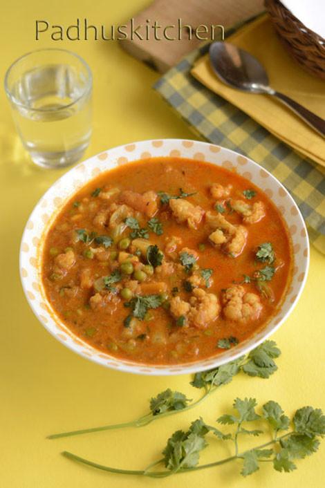Vegetarian Gravy Recipe  Ve able Gravy Recipe Mixed Ve able Gravy for Roti