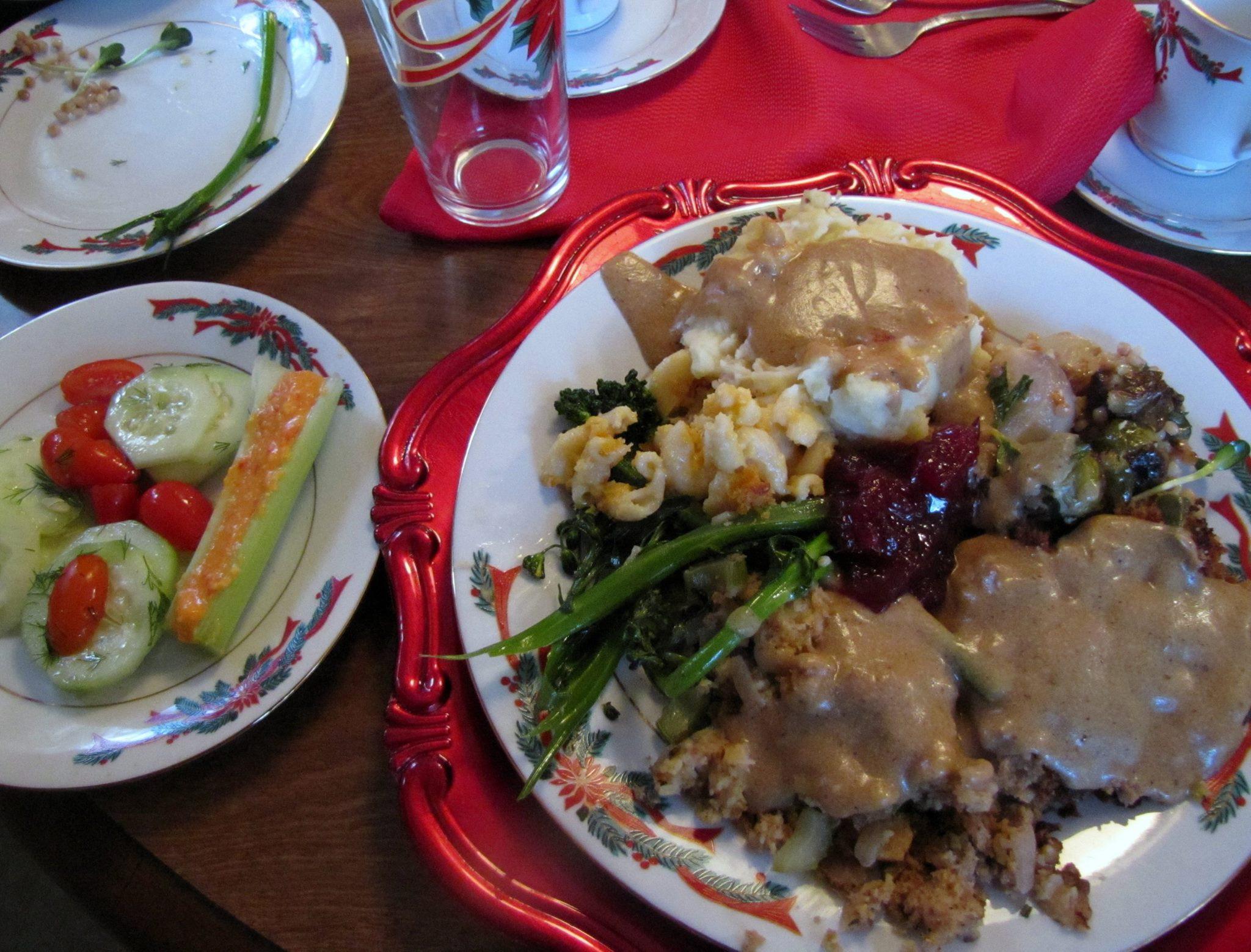 Vegetarian Thanksgiving Dishes  Ve arian Thanksgiving Menu – & Main Dish Stuffing Recipe