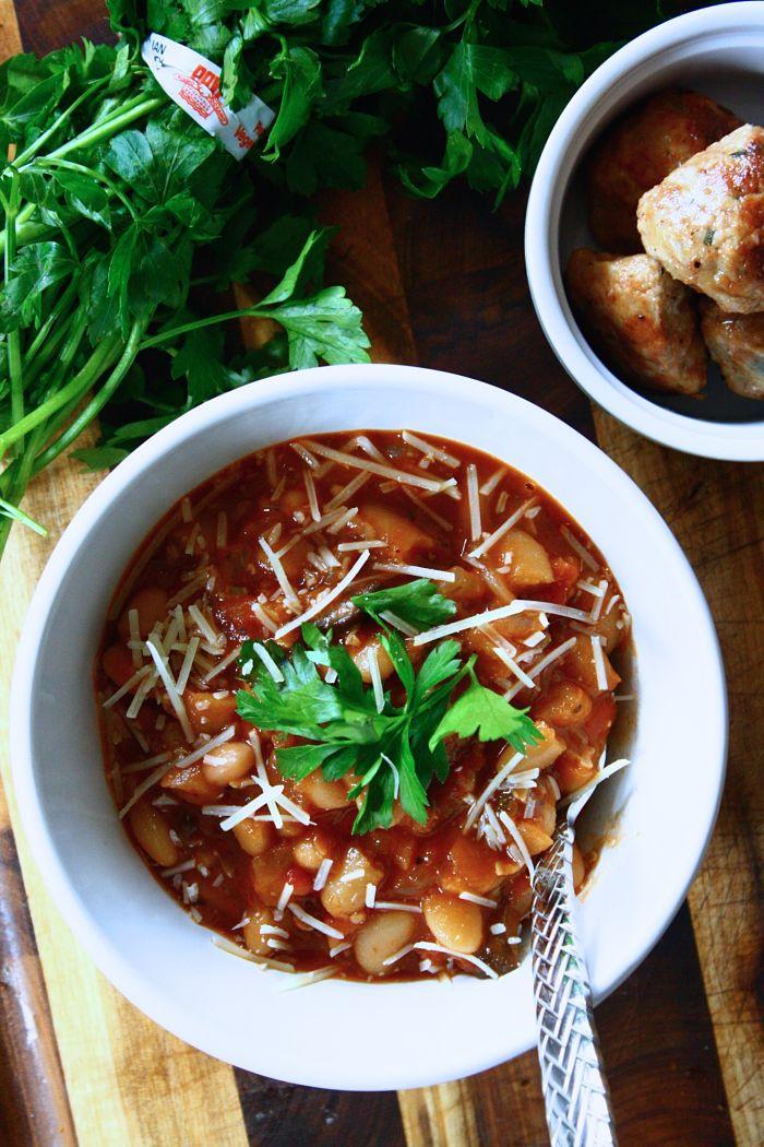 Vegetarian White Bean Chili  Ve arian Chili with White Beans & Wild Mushrooms