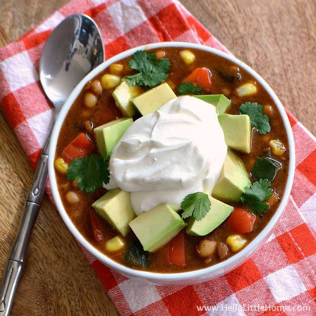 Vegetarian White Bean Chili  Three Pepper Ve arian White Bean Chili