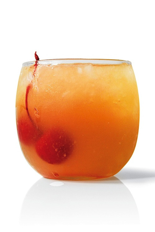 """Vodka And Pineapple Juice Drinks  The Pineapple """"Up Sides Down"""" cocktail recipe"""