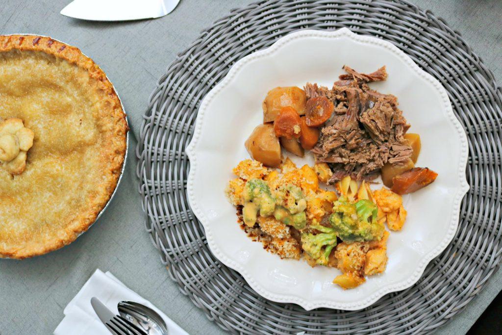 Walmart Thanksgiving Dinner  Make Thanksgiving Dinner for 6 for Under $50 at Walmart