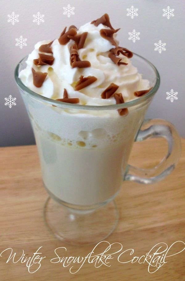 Warm Vodka Drinks  Winter Snowflake Cocktail hot alcoholic and delicious