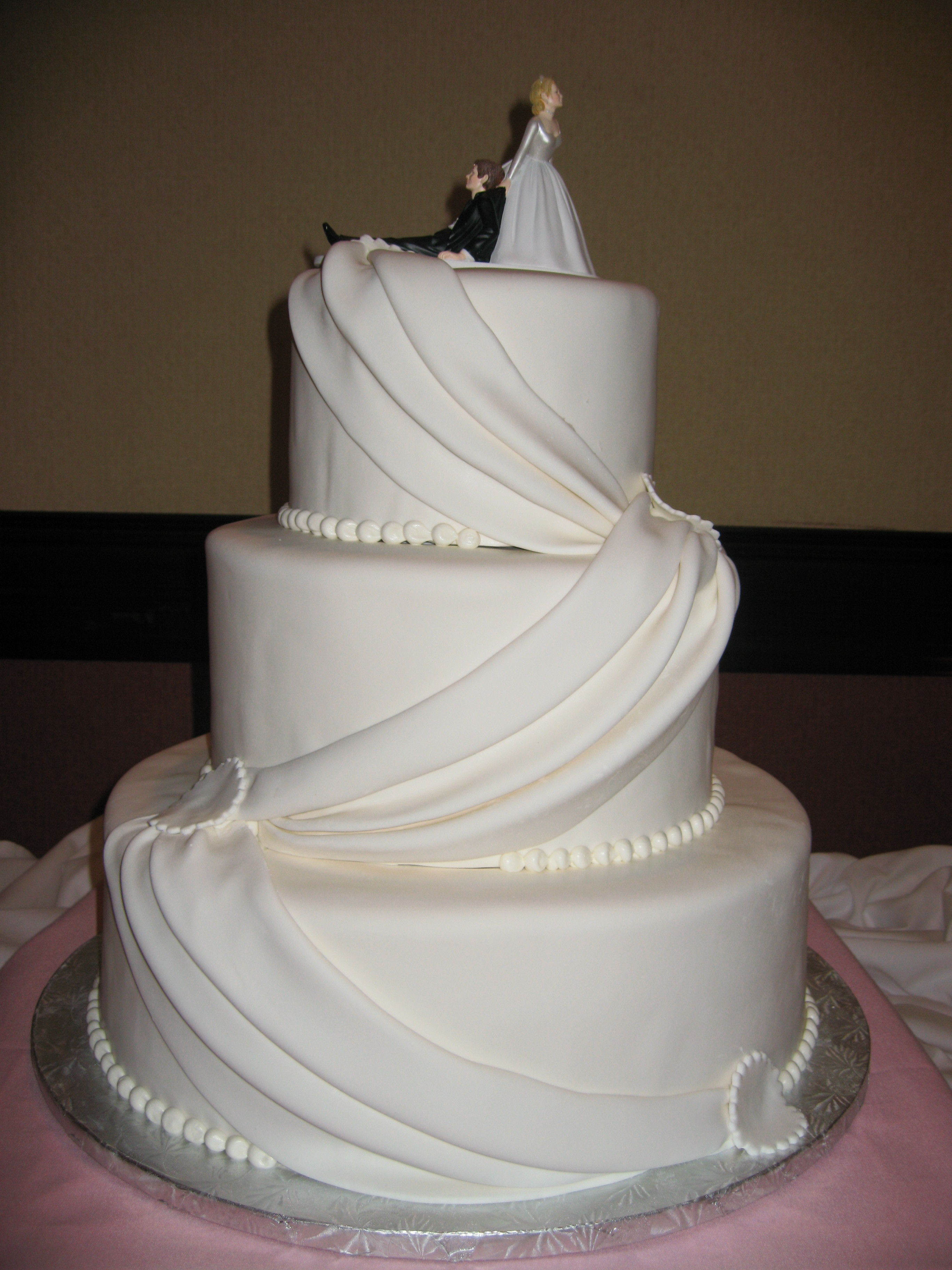 Wedding Cakes Ornaments  Wedding Cake Decorations Wedding Planner and Decorations