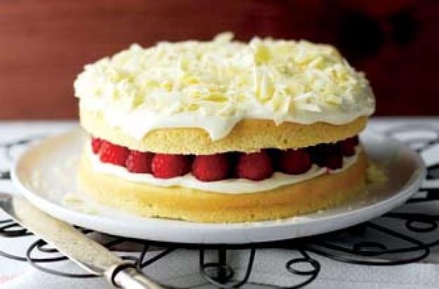 Weight Watchers Cake Recipes  Weight Watchers white chocolate cake recipe goodtoknow