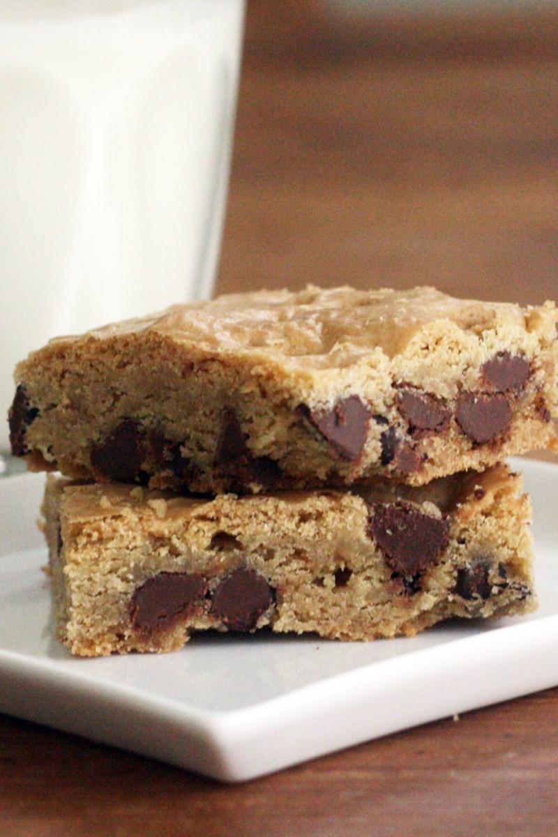 Weight Watchers Cake Recipes  Chocolate Chip Cake Mix Cookie Bars Weight Watchers