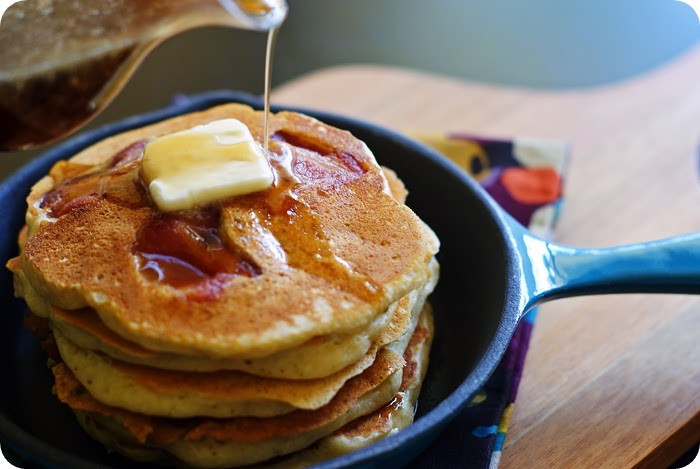 What Dessert Can You Make With Pancake Mix  Desserts for Dudes Bacon Banana Pancakes with Buttery