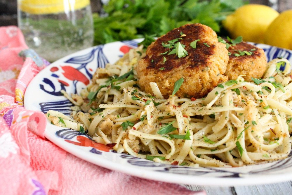 What To Eat With Crab Cakes  Crab Cake Linguini Confessions of a Chocoholic