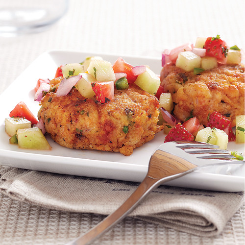 What To Eat With Crab Cakes  Crab Cakes with Honeydew Strawberry Salsa Recipe Clean