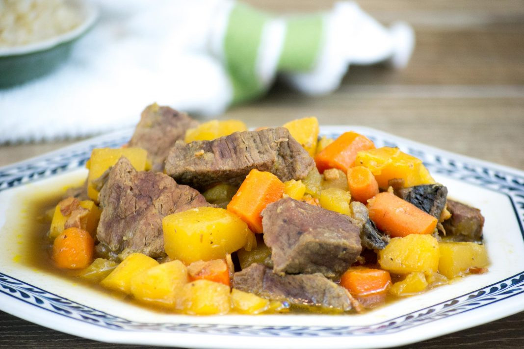 What To Serve With Beef Stew  What To Serve With Beef Stew Look No Further FamilyNano