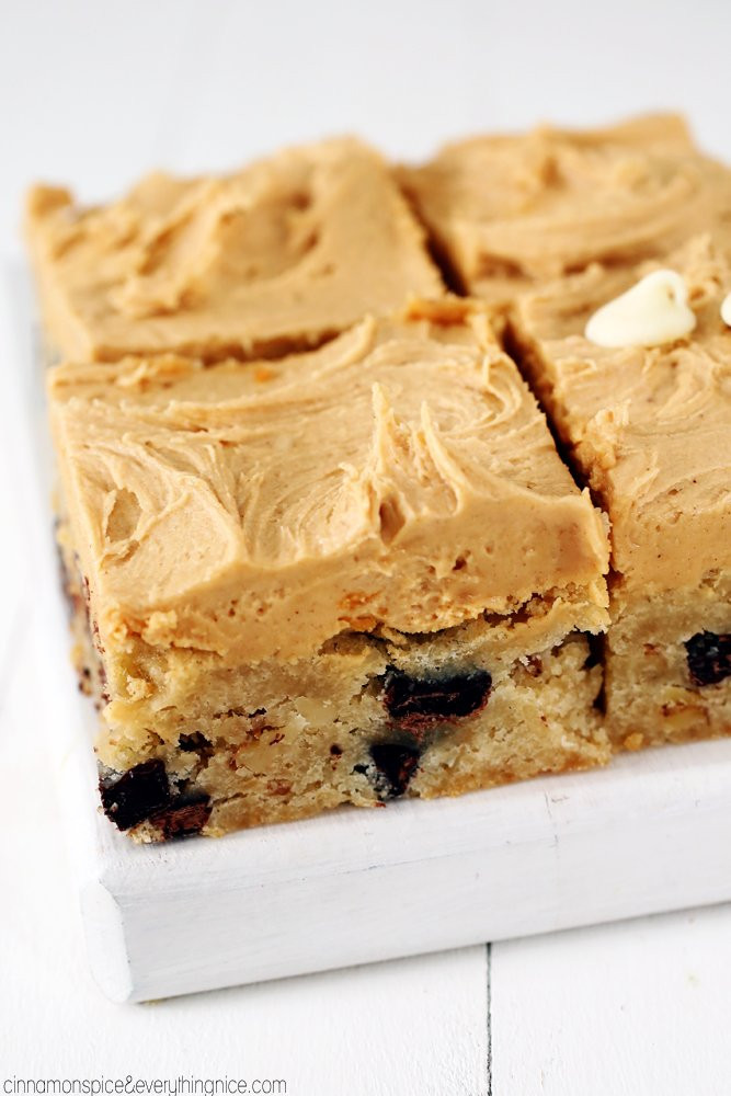 White Chocolate Brownies  White Chocolate Brownies w Peanut Butter Frosting