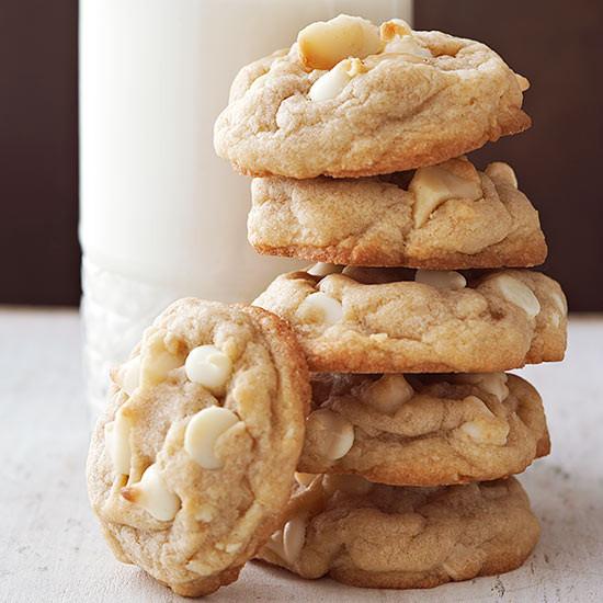 White Chocolate Chip Macadamia Nut Cookies  Macadamia Nut and White Chocolate Chip Cookies