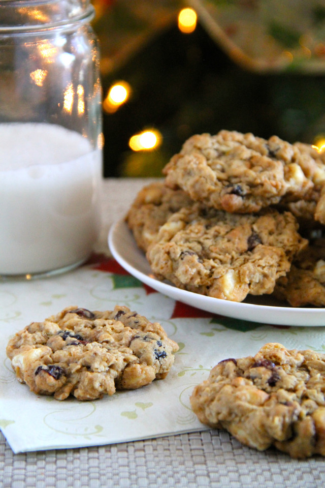 White Chocolate Cranberry Oatmeal Cookies  chewy white chocolate cranberry oatmeal cookies