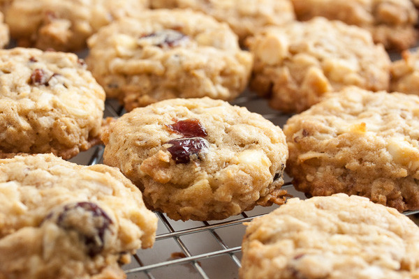 White Chocolate Cranberry Oatmeal Cookies  White Chocolate Cranberry Oatmeal Cookies
