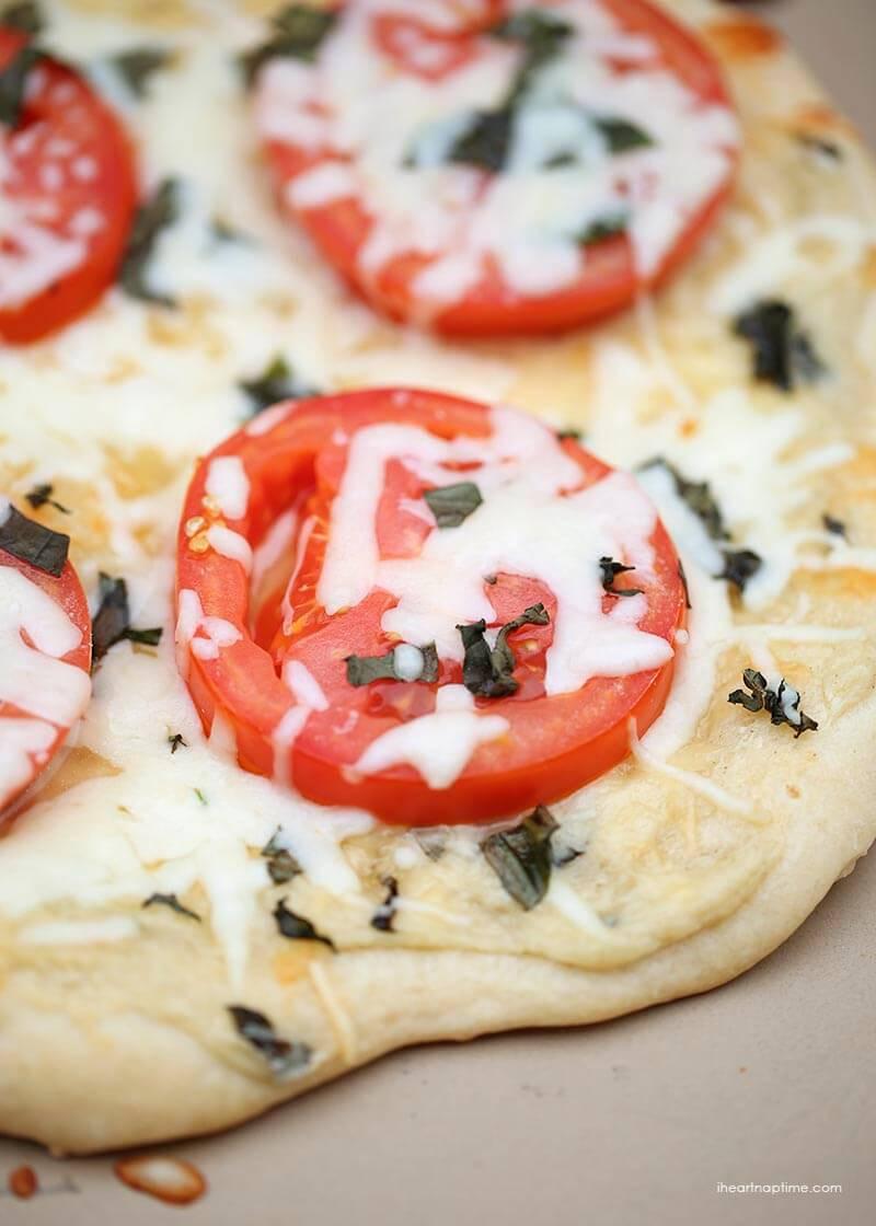 White Pizza Sauce Recipe  Garlic white pizza sauce I Heart Nap Time
