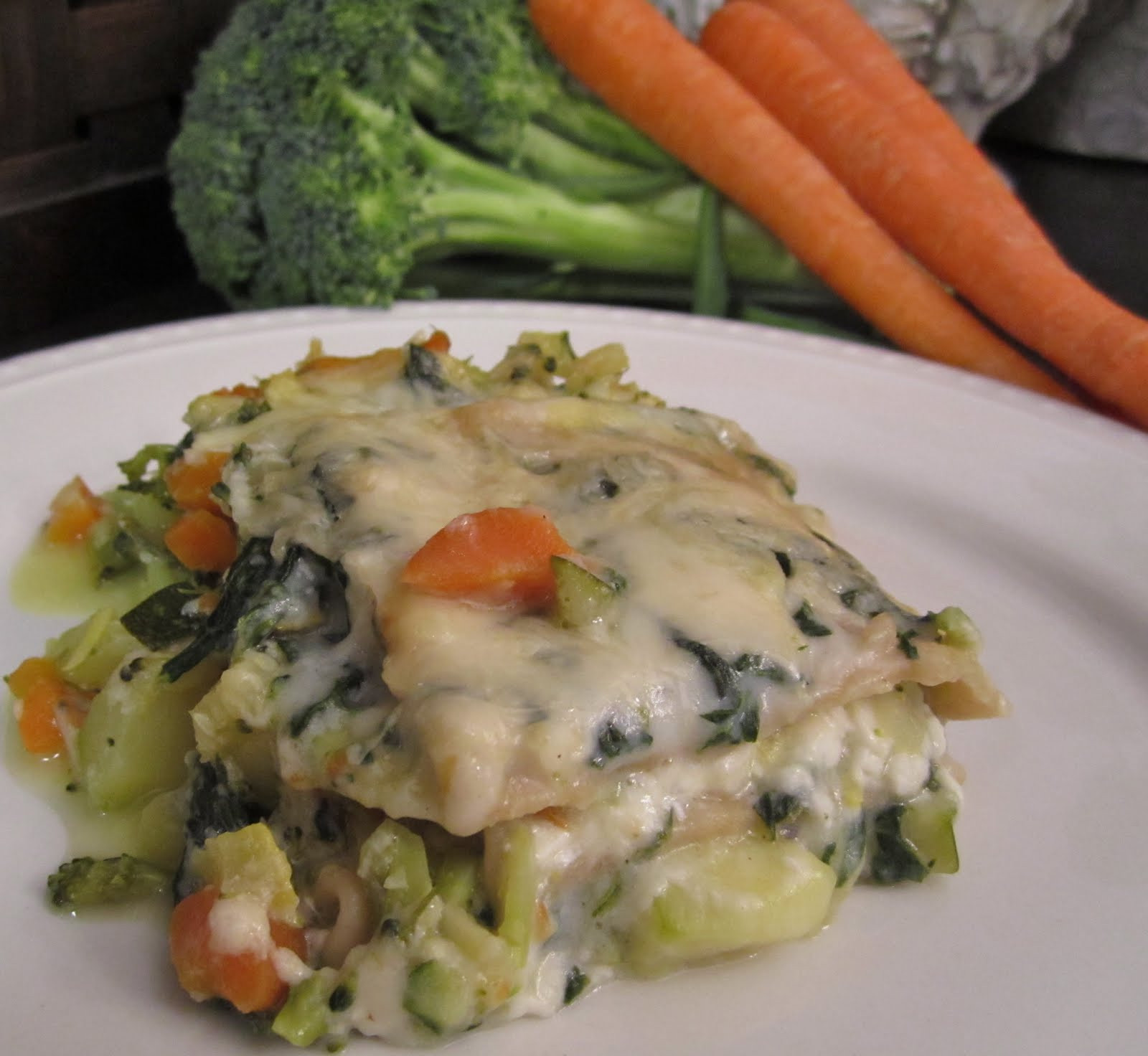 White Vegetable Lasagna  Nosh N Nutrition Ve able Lasagna White and Light