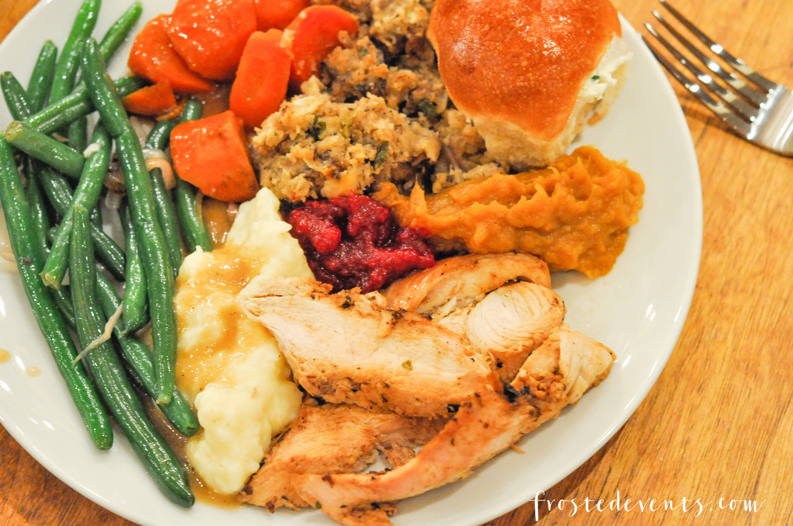Whole Foods Turkey Dinner  Thanksgiving Dinner Whole Foods and Williams Sonoma Table