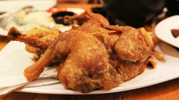 Whole Fried Chicken  Jonathan Gold s 6 favorite Asian fried chicken joints in