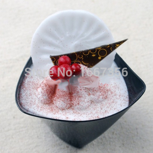 Wholesale Mini Dessert Cups  Plastic Disposable Mini Party Triangular Dessert Cups