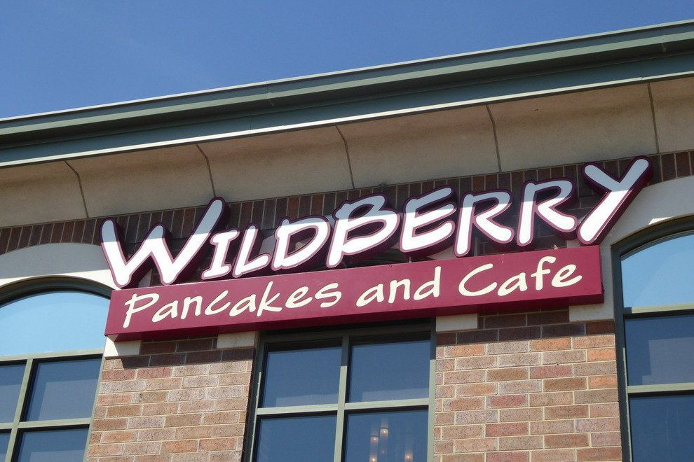 Wildberry Pancakes & Cafe  Wildberry Pancakes and Cafe Chicago Restaurants Review