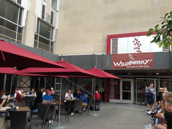 Wildberry Pancakes & Cafe  Butcher skillet fotografa de Wildberry Pancakes and