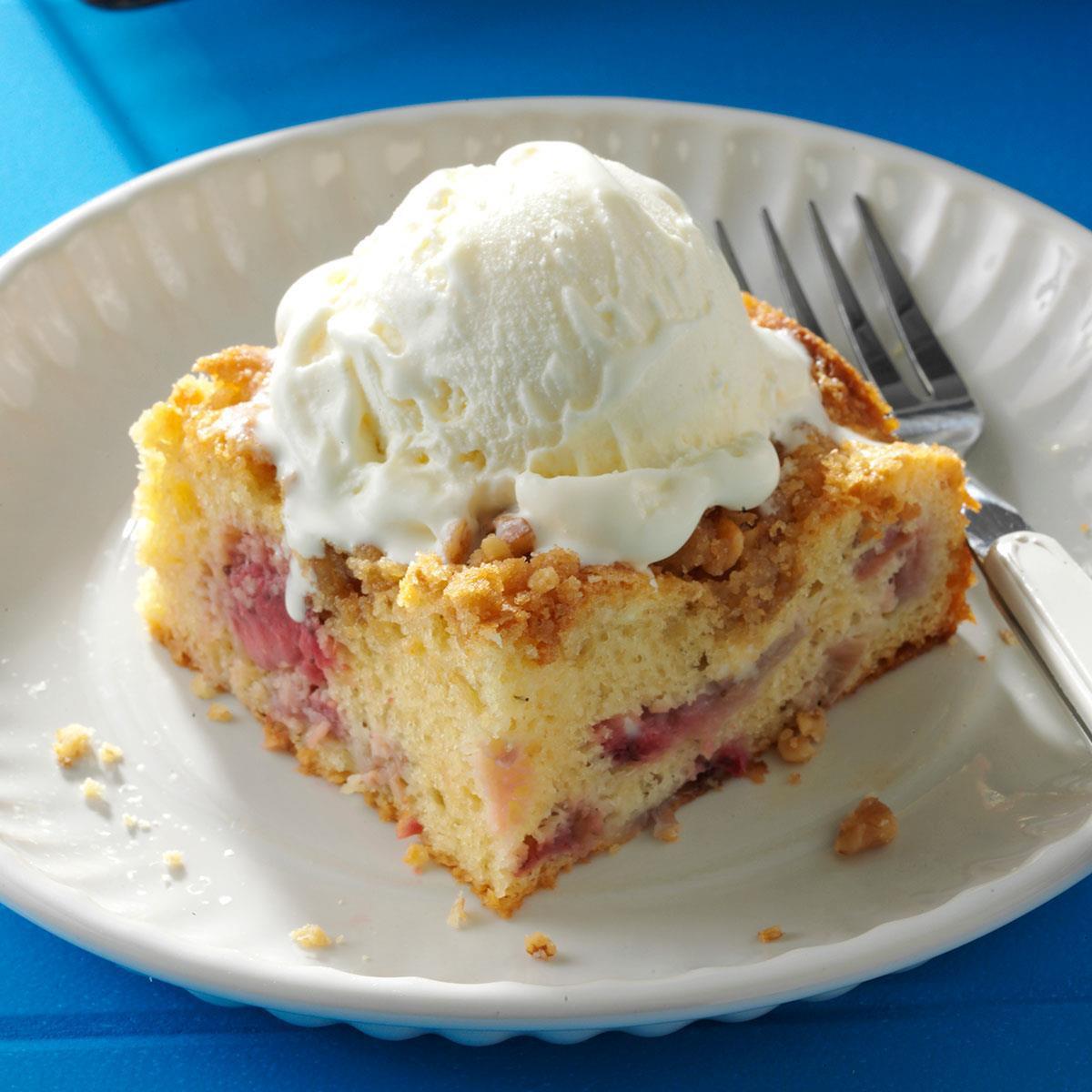 Yellow Cake Mix Recipes  rhubarb cake yellow cake mix cream