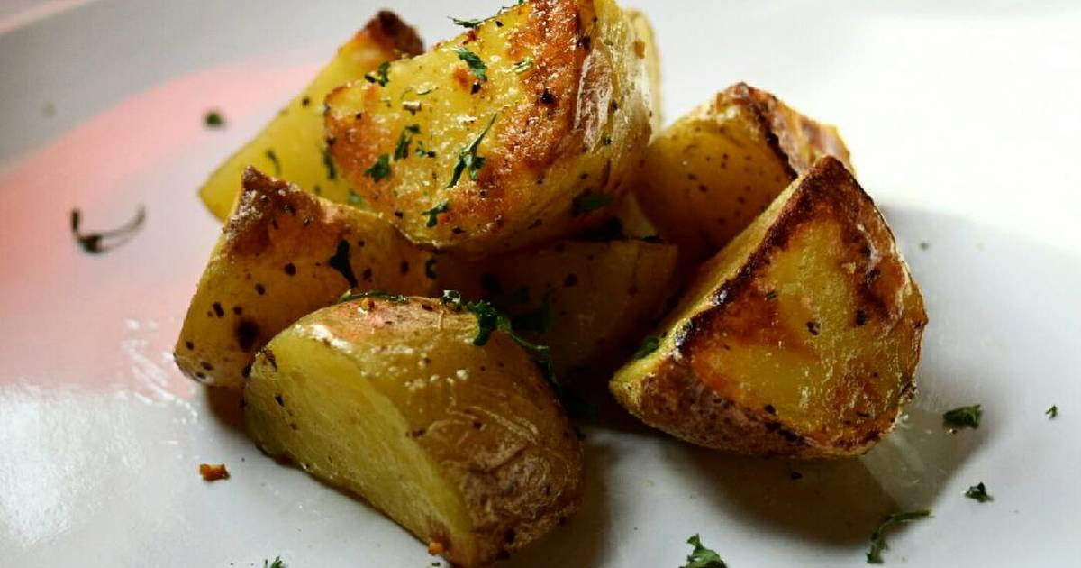 Yellow Potato Recipes  Roasted Yellow Potatoes Recipe by chefliv Cookpad
