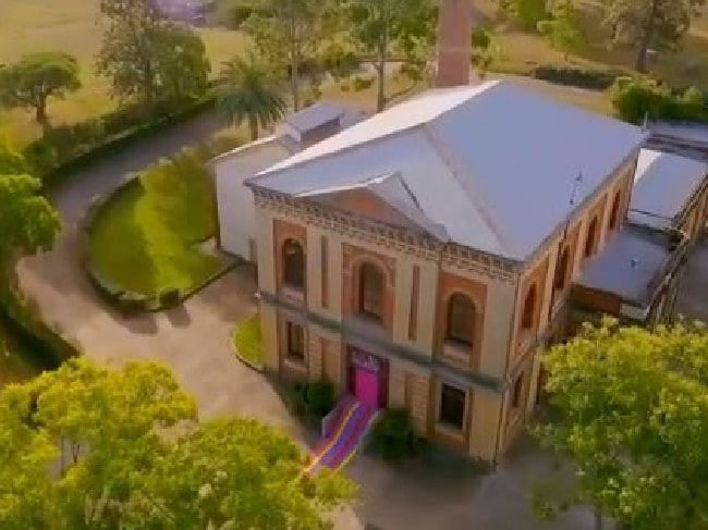 Zumbo'S Just Desserts Location  Is Zumbo's Just Desserts a copy of The Great Australian