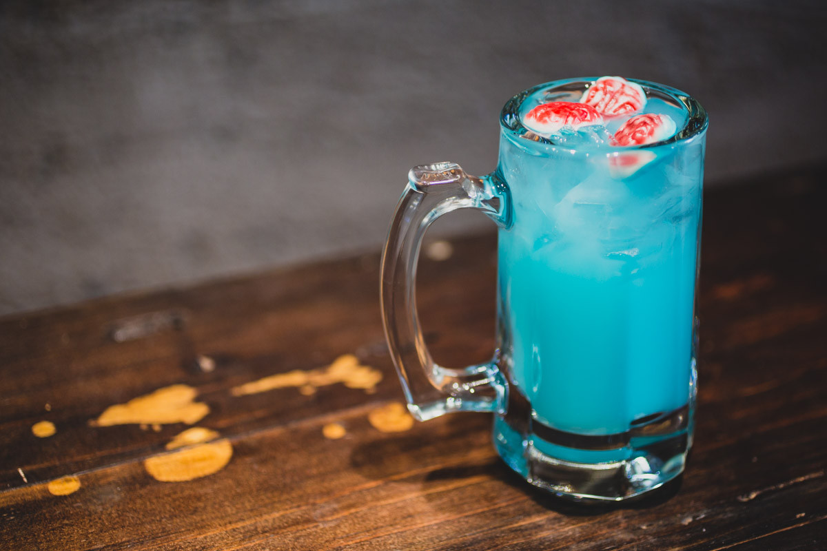 Applebees Halloween Drinks  Applebee s Launches $1 Zombie Cocktails For October