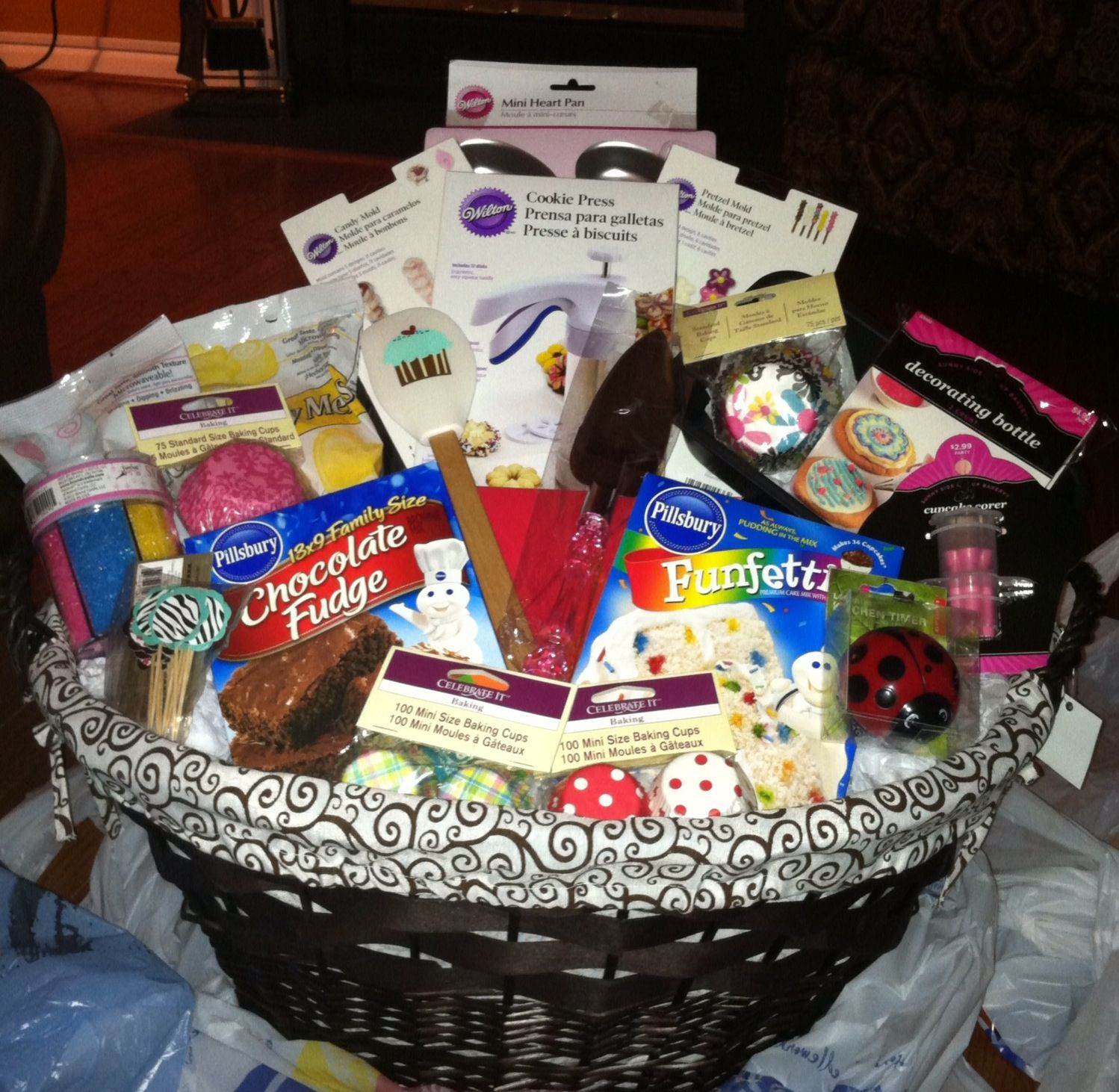 Baking Gifts For Christmas  Best 25 Baking t baskets ideas on Pinterest