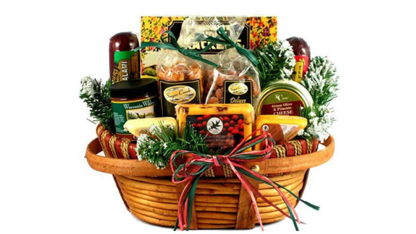 Best Christmas Food Gifts  Top 20 Best Cheese Gift Baskets