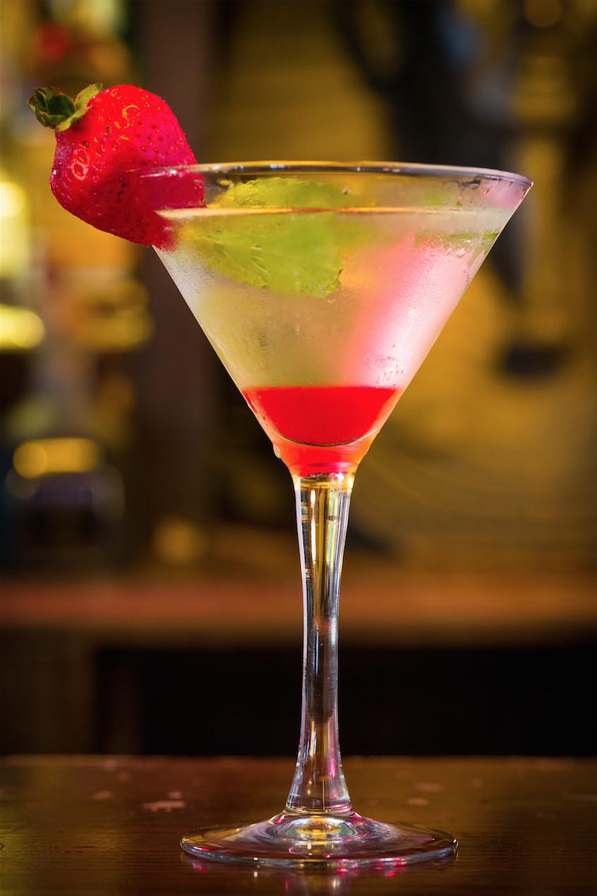 Best Halloween Drinks  10 Best Halloween Cocktails Easy Alcoholic Drink Recipes