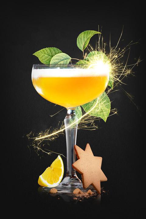 Best Halloween Drinks  29 Easy Halloween Cocktails Best Alcoholic Halloween