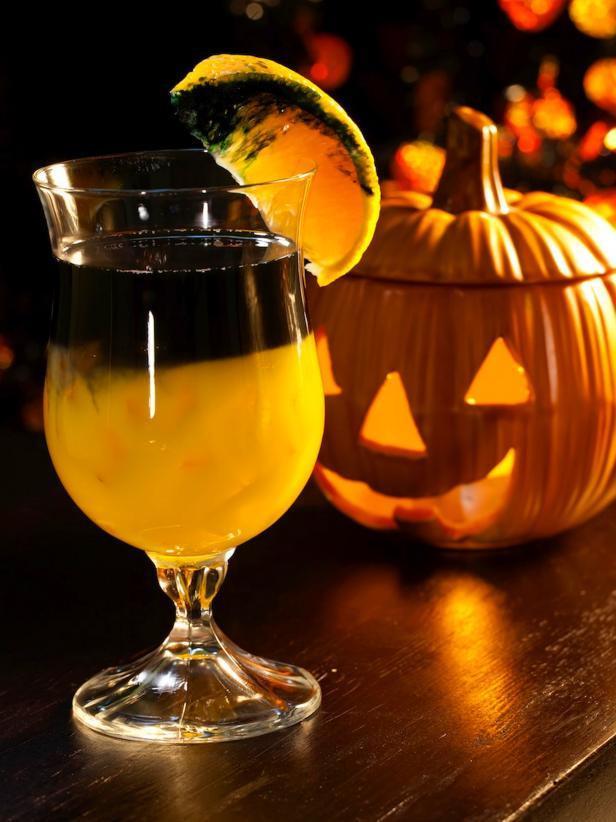 Best Halloween Drinks  Beware The 10 Best Halloween Cocktails [Recipes