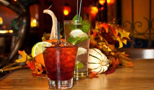 Best Thanksgiving Drinks  The Best Drinks To Have During Thanksgiving Holidays