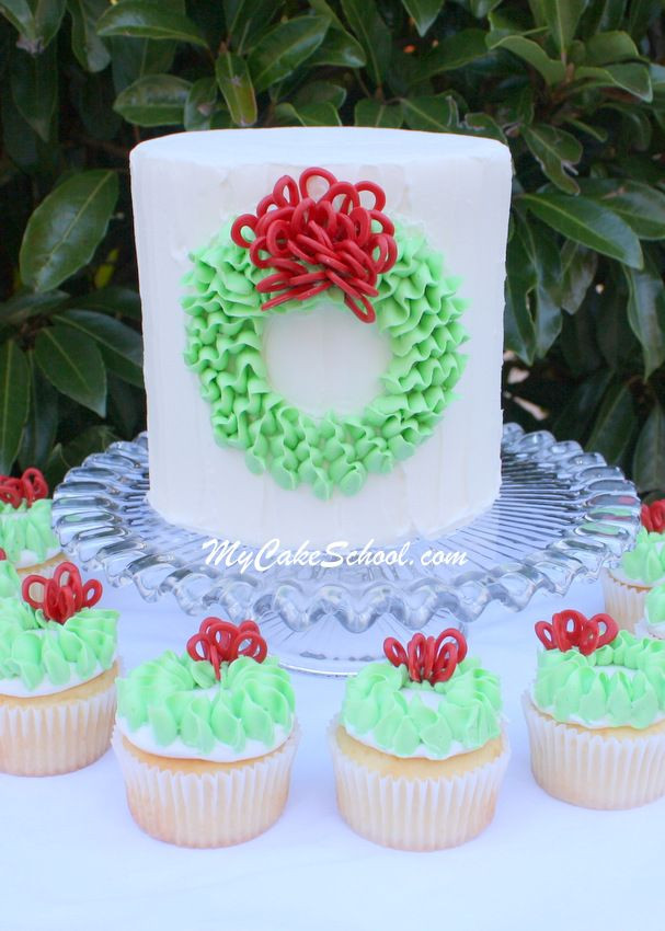 Buttercream Christmas Cakes  17 Best images about Leaf tip on Pinterest