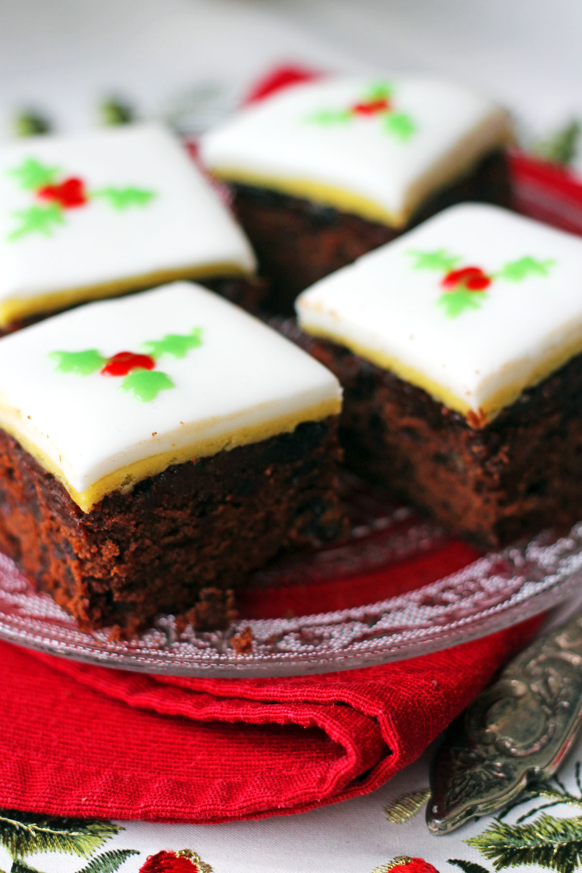Cakes Recipes For Christmas  Christmas Chocolate and Orange Fruitcake