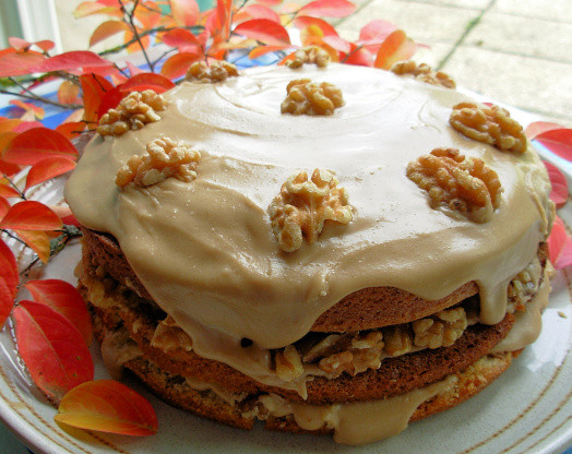 Canadian Thanksgiving Recipes  Canadian Maple Walnut Layer Cake With Fudge Frosting