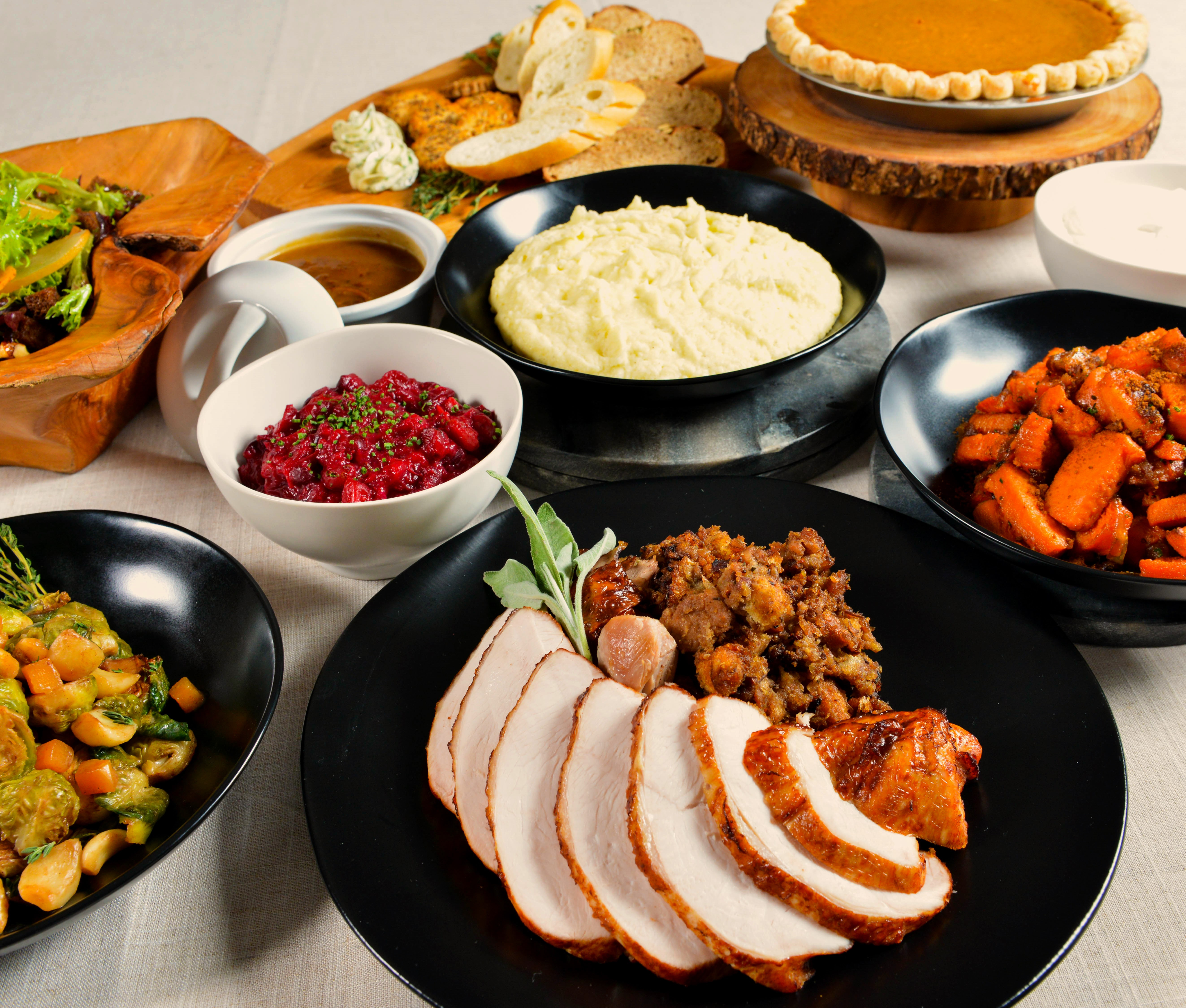 Cater Thanksgiving Dinner  catering gourmondoco