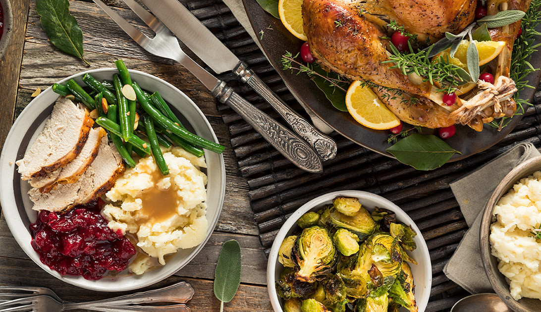 Cater Thanksgiving Dinner  Thanksgiving Turkey Dinner Catering Toronto Holiday