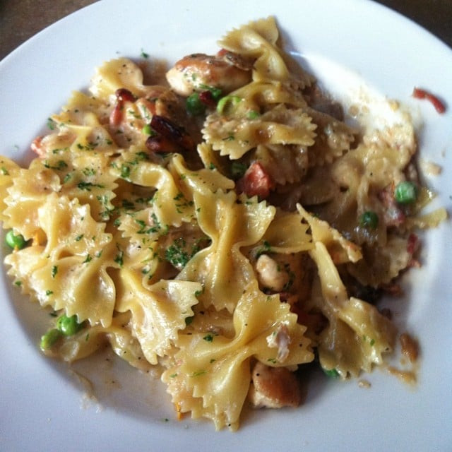 Cheesecake Factory Farfalle With Chicken And Roasted Garlic  The Cheesecake Factory s Farfalle With Chicken and Roasted
