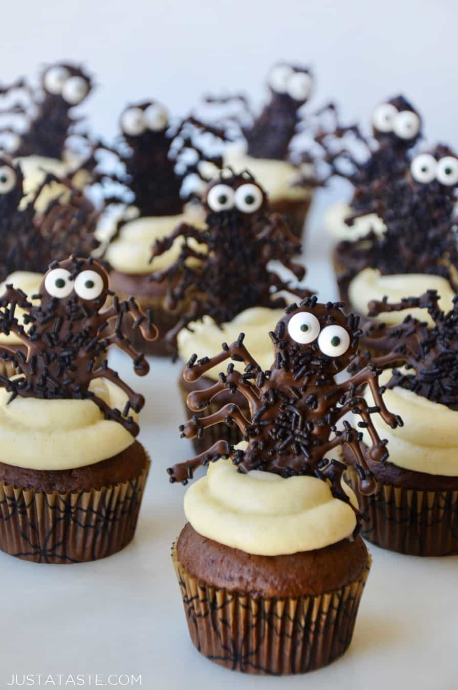 Chocolate Halloween Cupcakes  Easy Halloween Cupcakes with Chocolate Spiders