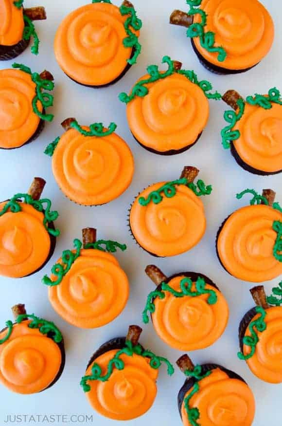Chocolate Halloween Cupcakes  Chocolate Halloween Cupcakes with Cream Cheese Frosting