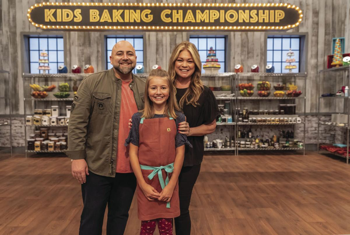 Christmas Baking Championship 2019  Blaine 11 year old wins 'Kids Baking Championship' on Food