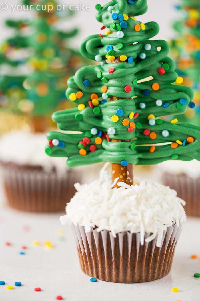Christmas Cake Cupcakes  Easy Christmas Tree Cupcakes Your Cup of Cake