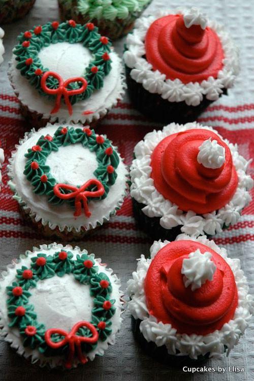Christmas Cake Cupcakes  30 Easy Christmas Cupcake Ideas