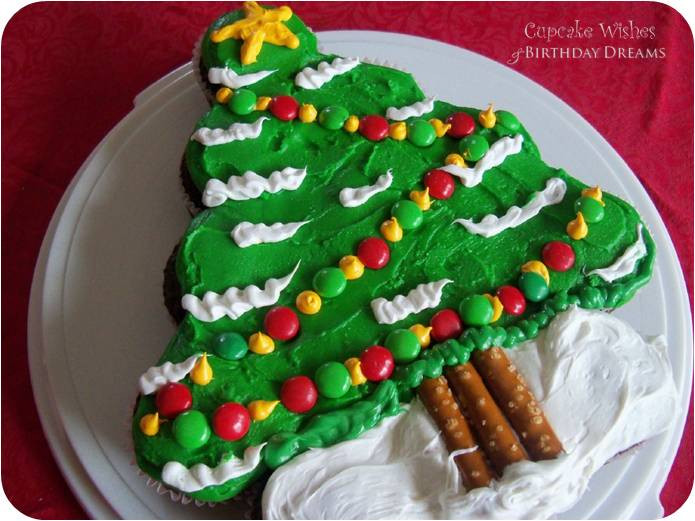 Christmas Cake Cupcakes  Cute Food For Kids 41 Cutest and Most Creative Christmas